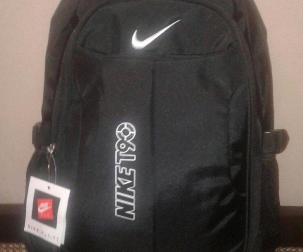 Nike. Фото 1. Москва.
