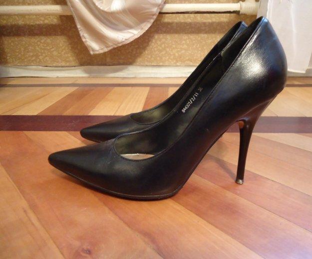 Туфли черные кожаные 36 размер. Фото 1. Москва.