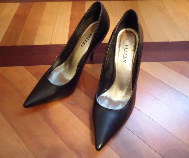 Туфли черные кожаные 36 размер. Фото 4. Москва.