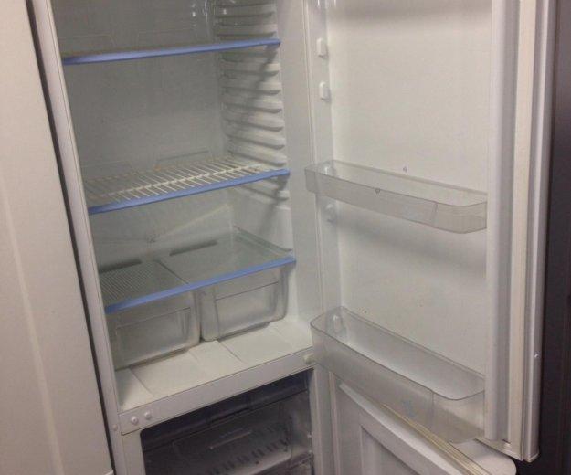 Холодильник 2 метра indesit 2x компрессорный.. Фото 2. Санкт-Петербург.