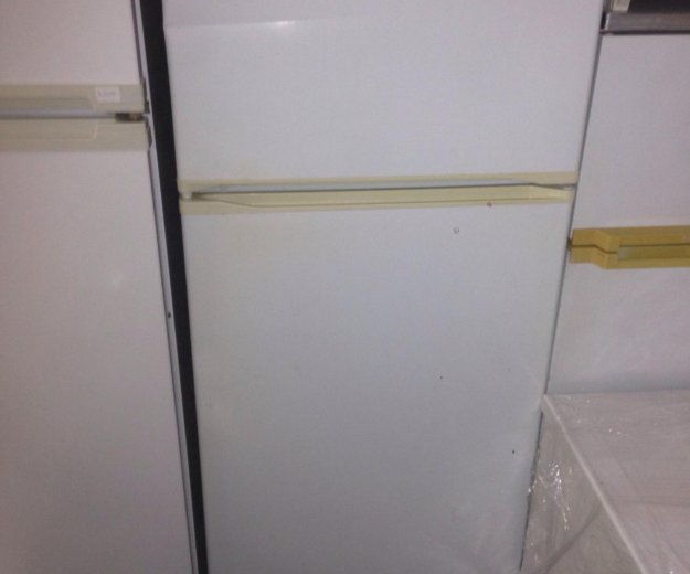 Холодильник минск16. Фото 1. Санкт-Петербург.