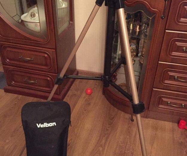 Штатив для видеокамеры. Фото 2. Москва.
