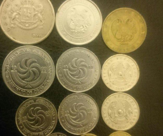 Монеты стран снг. Фото 1. Санкт-Петербург.