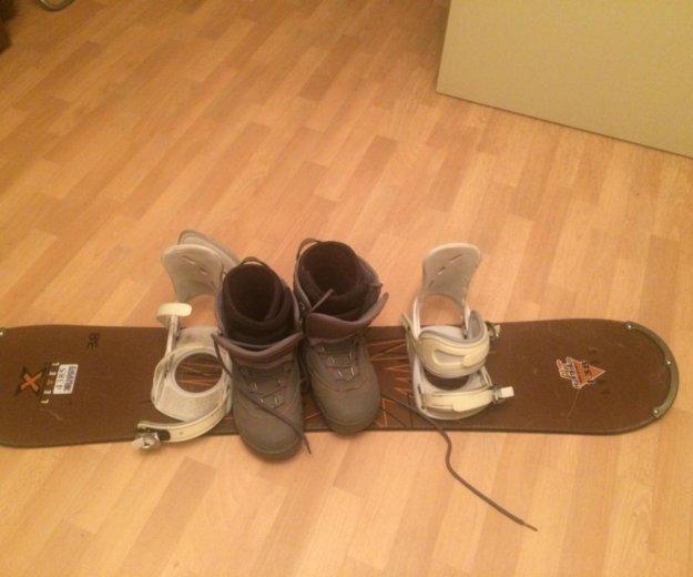 Конплект :сноуборд, сапоги, крепление. Фото 1. Тюмень.