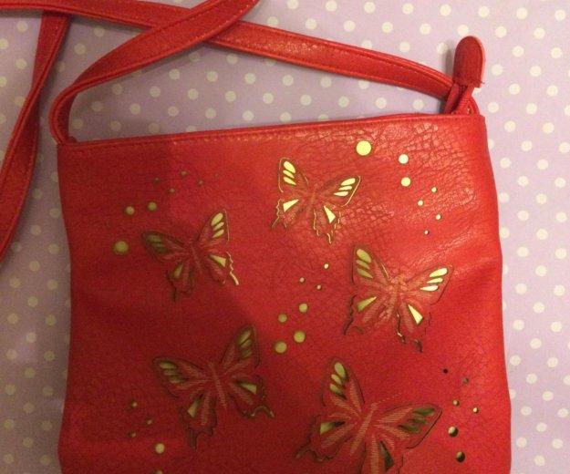 Стильная кожаная сумка с бабочками. Фото 1. Москва.