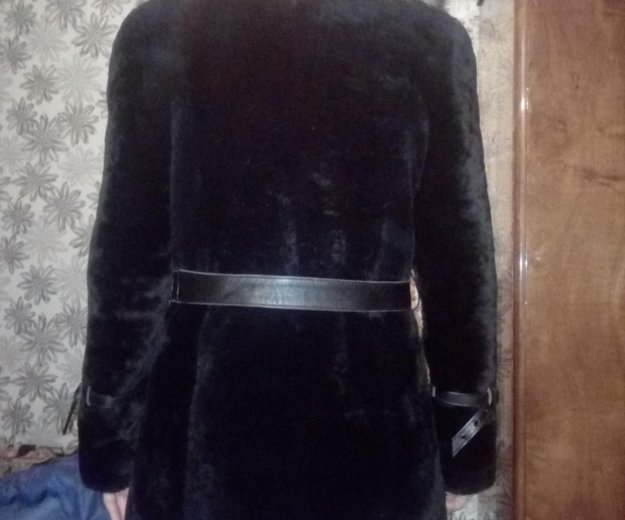 Мутоновая шуба с натуральным воротником. Фото 1. Оренбург.