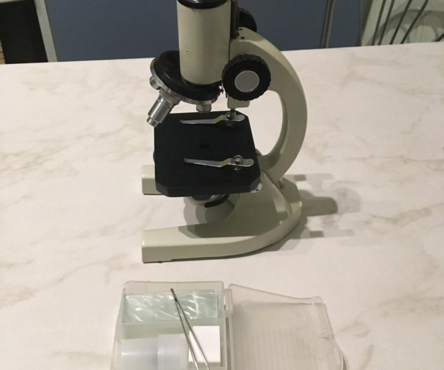 Микроскоп биологический. Фото 1. Королев.