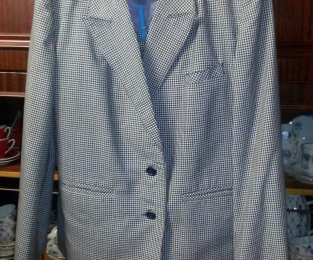 Костюм (пиджак и юбка). Фото 1. Москва.