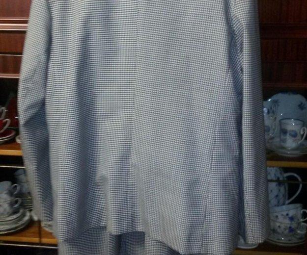 Костюм (пиджак и юбка). Фото 2. Москва.
