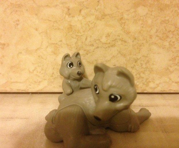 Мама волчица и её сынок. Фото 1. Тюмень.
