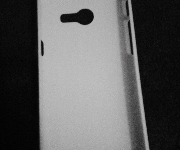 Чехол белый(25% скидка) на телефон абсолютно новый. Фото 1. Самара.