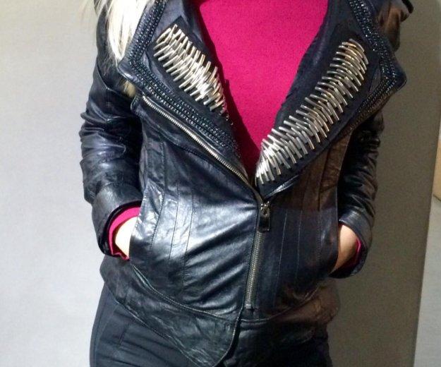 Женская куртка. Фото 1. Красноярск.