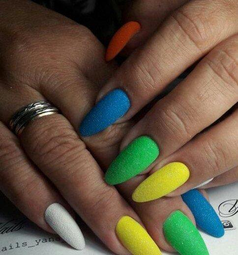 Наращивание ногтей. Фото 3. Майкоп.