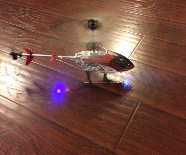 Радиоуправляемая игрушка, вертолет. Фото 2. Смоленск.