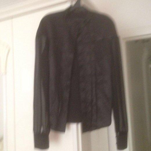 Шелковая блуза 50-го размера. Фото 2. Москва.