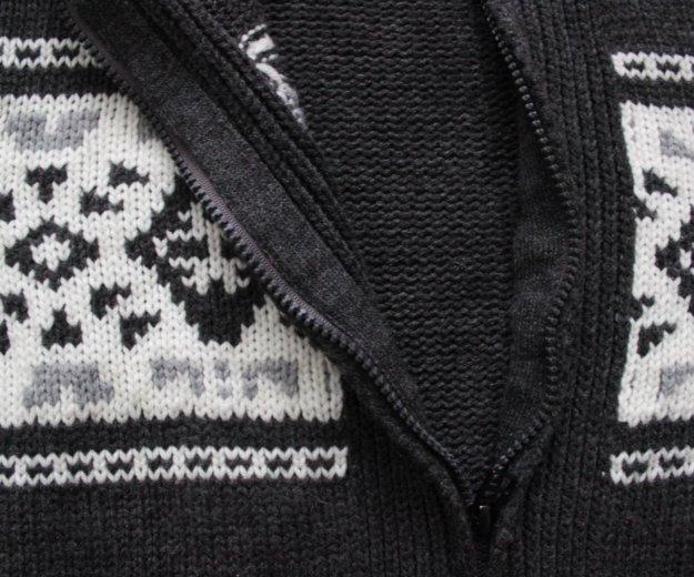 Вязаный кардиган с тёплым капюшоном. Фото 3. Сургут.