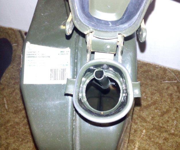 Канистра железная. Фото 1. Сочи.