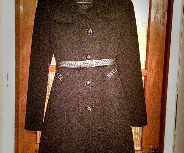 Пальто. Фото 1. Махачкала.