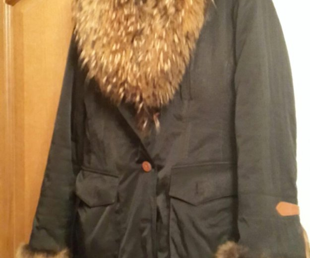 Куртка подстежка кролик. воротник енот.торг.. Фото 1. Москва.