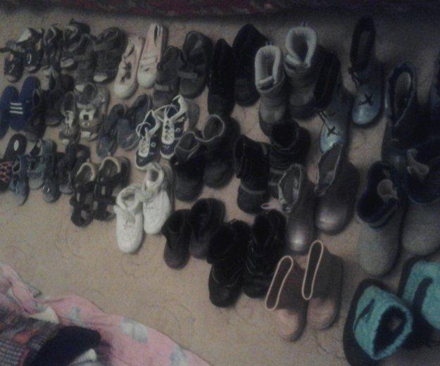 Очень много обувь. Фото 3. Москва.
