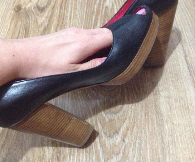 Кожаные туфли итальянской фирмы-vero cuoio. Фото 3. Будённовск.
