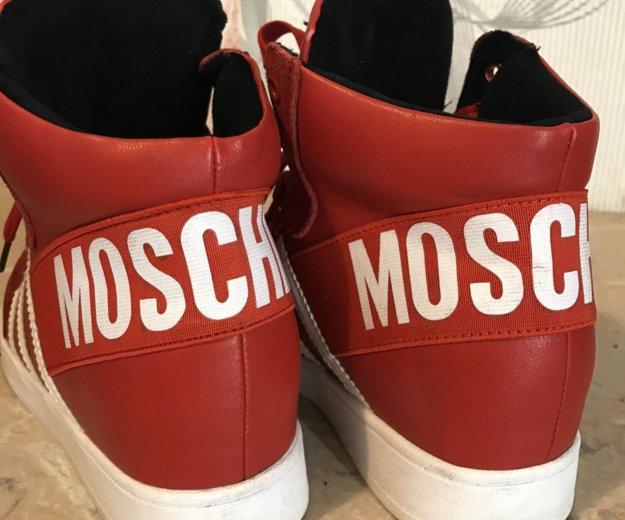 Красные стильные кроссовки. Фото 3. Санкт-Петербург.
