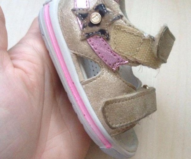 Обувь для девочки комплект 18 р-р. Фото 2. Москва.