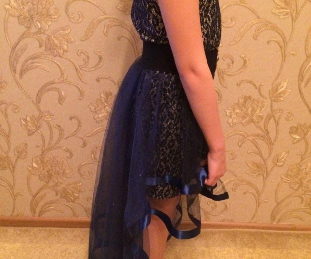Платье  для девочки 10-12 лет. Фото 3. Тюмень.
