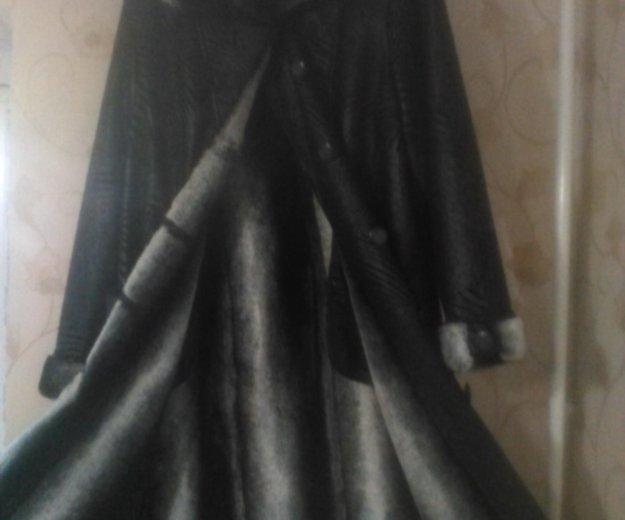 Женское пальто. Фото 3. Зерноград.