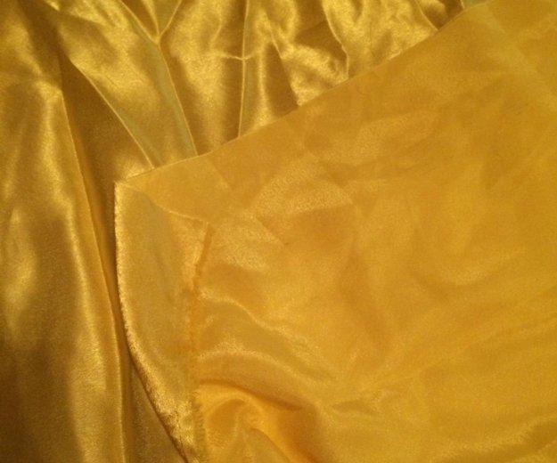 Желтая ткань. Фото 3. Москва.