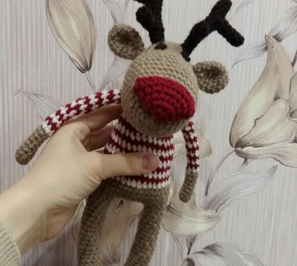 Рождественский олень. Фото 2. Москва.