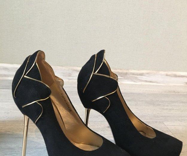 Новые туфли. Фото 1. Санкт-Петербург.