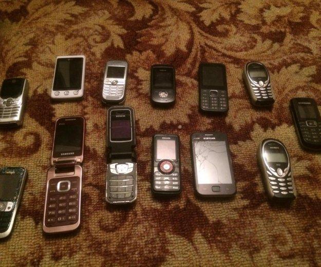 Старые нерабочие телефоны. Фото 1. Ульяновск.