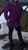 Куртка теплая с капюшоном. один раз одета в горы. Фото 2. Ставрополь.