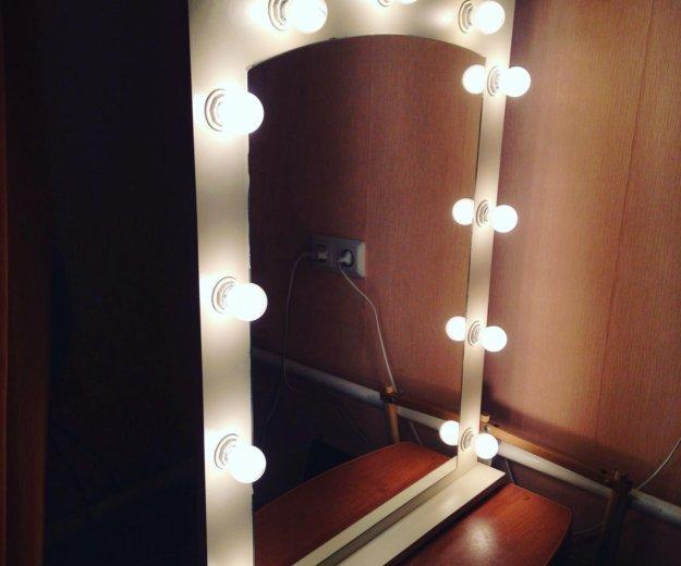 Макияжное зеркало. Фото 1. Москва.