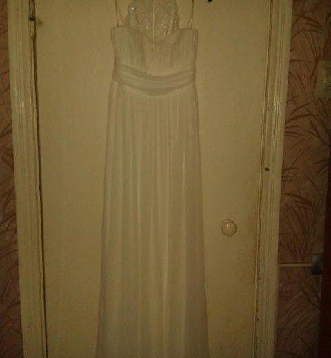 Свадебное платье. Фото 1. Новомичуринск.