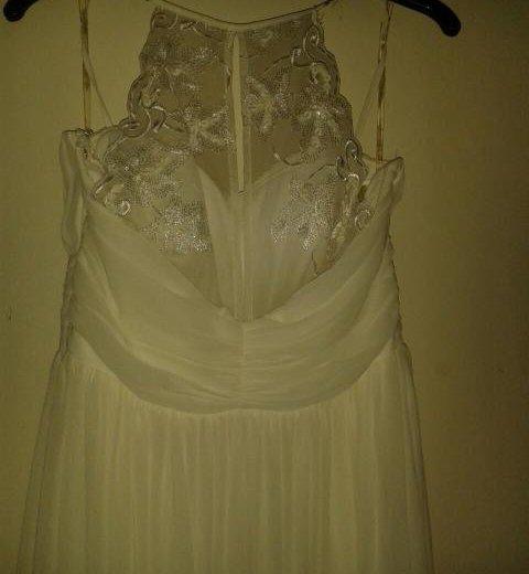 Свадебное платье. Фото 2. Новомичуринск.