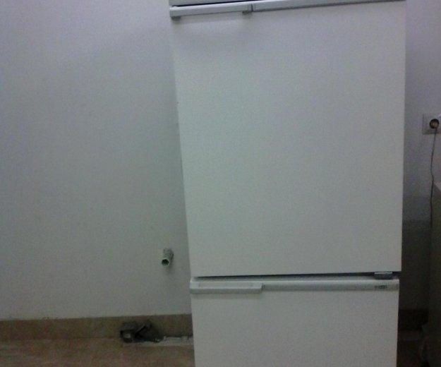 Холодильник. Фото 3. Москва.