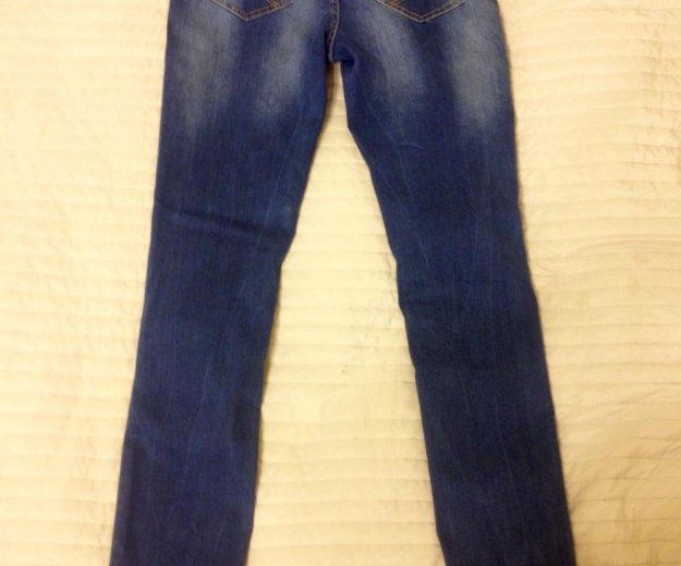 Новые женские джинсы. Фото 2. Санкт-Петербург.
