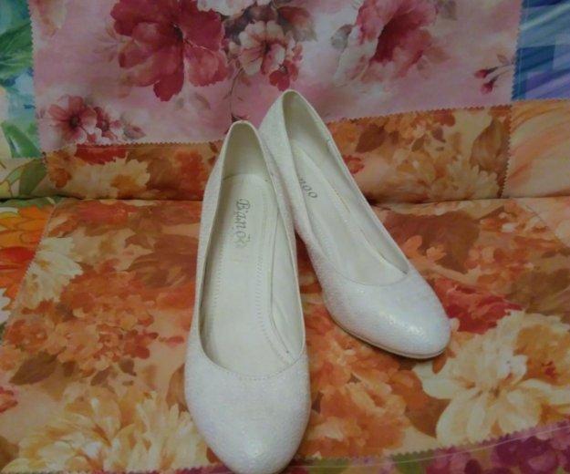 Туфли белые. Фото 1. Йошкар-Ола.