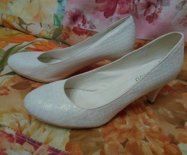 Туфли белые. Фото 2. Йошкар-Ола.