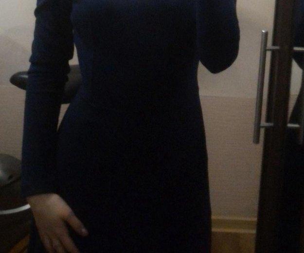Синее платье. Фото 1. Набережные Челны.