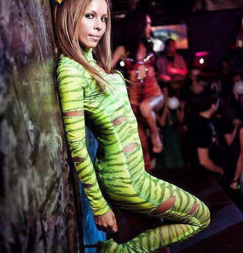 Комбинезон зеленый тигр. Фото 1. Москва.