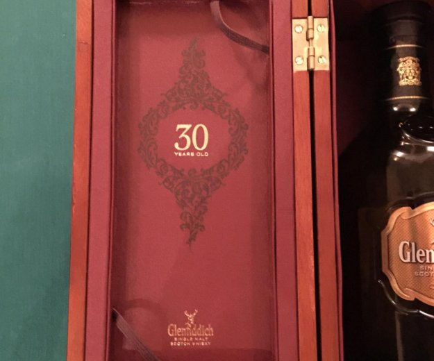 Коробка glenfiddich 30 years. Фото 3. Москва.