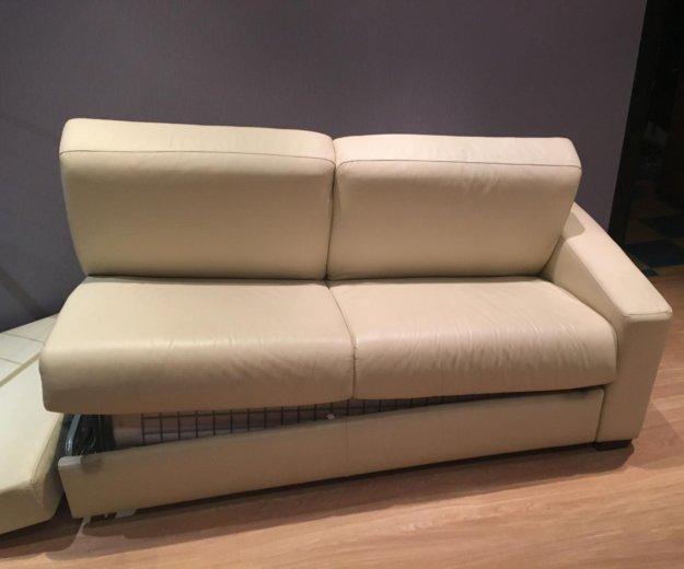 Кожаный диван. самовывоз. Фото 3. Москва.
