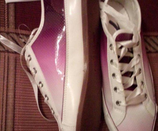 Женские бело-фиолетовые кеды. Фото 2. Балашиха.