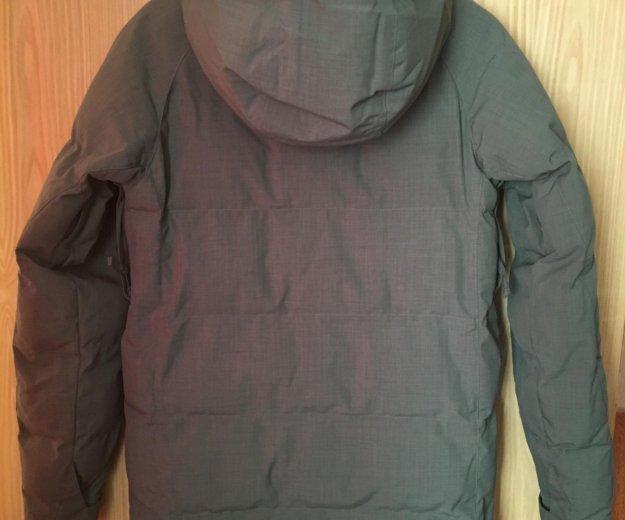 Сноубордическая женская куртка. Фото 2. Москва.