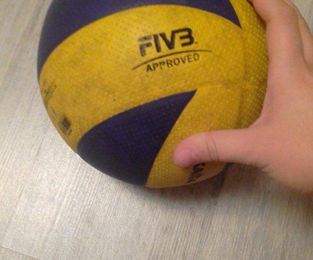 Волейбольный мяч mikasa330. Фото 2. Пирогово.