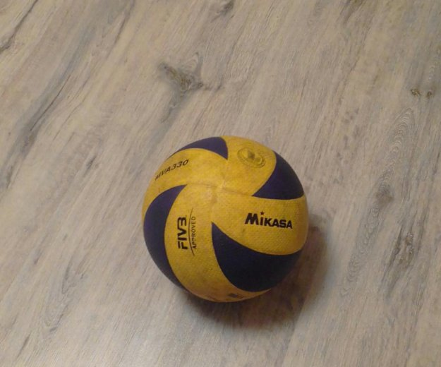 Волейбольный мяч mikasa330. Фото 3. Пирогово.