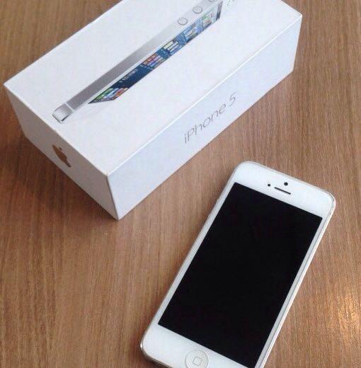 Iphone 5. Фото 1. Кемерово.